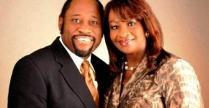 Myles_and_his_wife_Ruth_are_carrying_a_jubilee_message_for_Ugandans_615669280