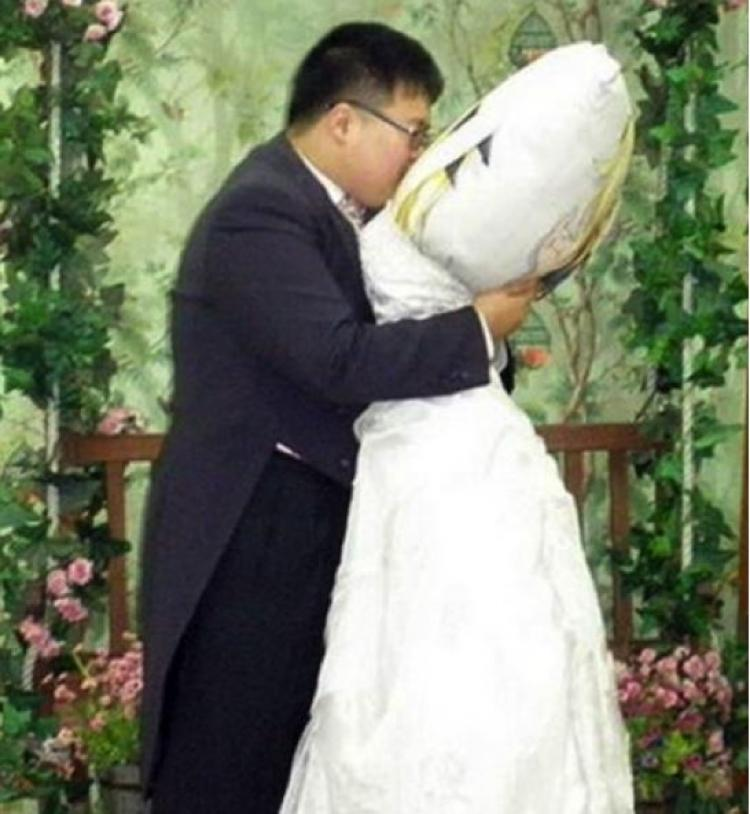 weird things that people have married
